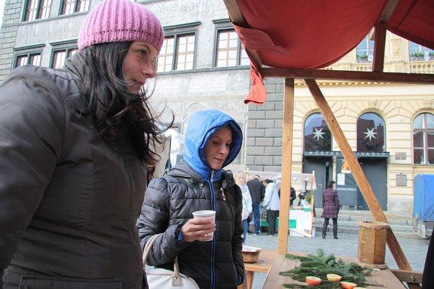 Prachatičtí si v neděli užili vánoční trhy. Bohatý program byl připraven na celou neděli.