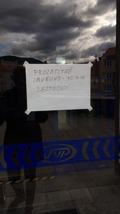 Zavřeno má i pobočka České pošty v Prachaticích.