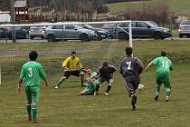 Fotbalový OP mužů: Dub - Lhenice 0:4.