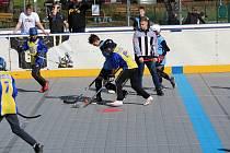 V Prachaticích se znovu hrál Hokejbal proti drogám a vítězem jsou všichni, kteří se zúčastnili.