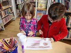 Tvořivou dílnu připravily knihovnice pro děti na čtvrteční velikonoční prázdniny.