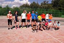 Tenisté TK DDM Prachatice měli turnaj čtyřher.