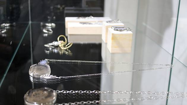 Výstava šperků. Ilustrační foto