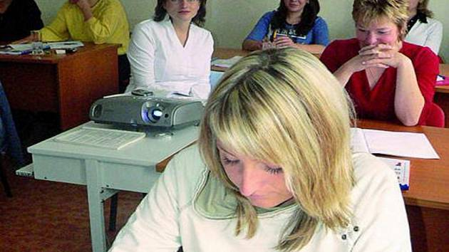 MODERNÍ ÚČETNÍ. Nový rekvalifikační kurz Nová příležitost začal mimo jiná města Jihočeského kraje i v Prachaticích.