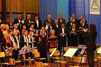 Česká píseň sklidila velký úspěch před dvěma roky na galavečeru festivalu pěvěckých sborů ve Vlachově Březí.