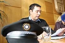 Na otázku, kdo bude vrchním strážníkem městské policie ve Vimperku stále chybí konkrétní odpověď. Někteří zastupitelé by si v této funkci uměli představit i Daniela Ziembu, který dočasně řídí strážníky od 1. listopadu.