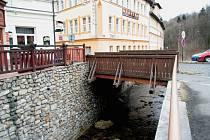 Zlatý most přes Volyňku ve Vimperku.