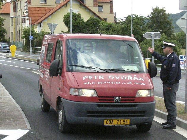 Řidiči musejí dodržovat předpisy.