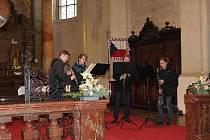 Klarinetový soubor Prachatice zlatý na Pražských Vánocích.