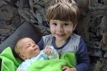 Michaela Horová se narodila v prachatické porodnici v pondělí 26. listopadu ve 13:35 hodin rodičům Petře a Vojtěchovi. Vážila 3420 gramů a měřila 52 centimetrů. Michalka bude vyrůstat v Prachaticích. Fotografování si nenechal ujít dvouletý bráška Lukášek.