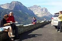 Další den a další národní park. Jsem v oblasti Many Glacier a teplá rána jsou pryč.