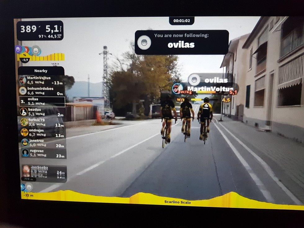 Cyklisté mají za sebou čtvrtou etapu série ROUVY Real Spring Classics.
