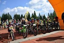 Nejmenší bikeři se proháněli po tratích na Zadově.