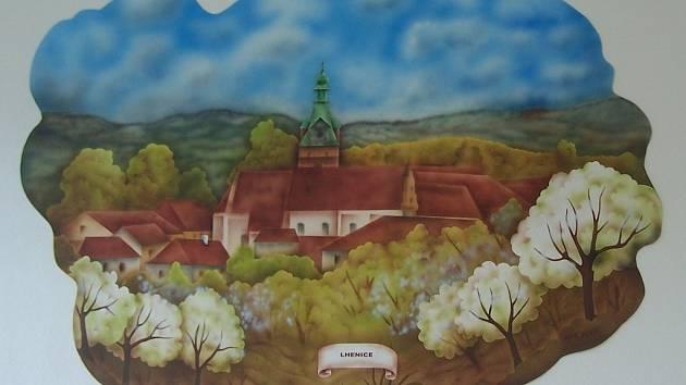 Zbrusu novou výzdobu vytvořila pro oddělení LDN v prachatické nemocnici Vladimíra Fridrichová Kunešová.