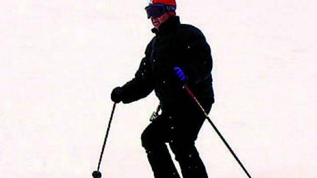 Lyžaři se mohou dnes a zítra vydat na zadovskou Kobylu. Ilustrační foto.