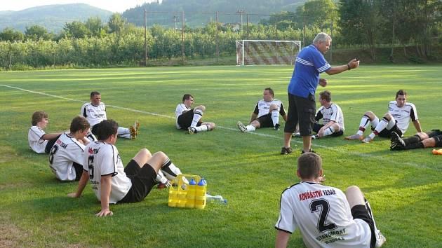 Netolice absolvovaly  přípravu, se kterou není trenér Zbyšek Novák spokojen. O to víc musí na začátku soutěže hráči Netolic zabrat, aby se v I.A třídě udrželi.