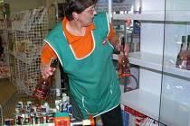 Prohibice byla částečně zmírněna, alkohol se vrací do obchodů.