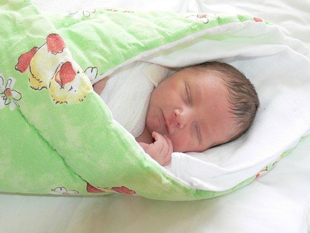Lukáš Mandinec, 20. 6. 2008 ve 13.30 hodin, 3,20 kg a 50 cm