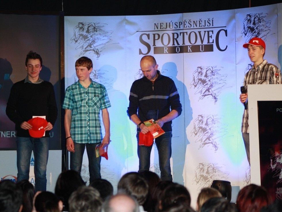 Družstva mládeže patřila štafetě lyžařů z Vimperka.