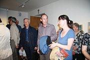 Výstava ke 100. výročí narození Josefa Sahuly začala ve čtvrtek v Neumanneu v Prachaticích.