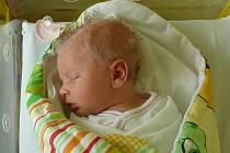 Kristýna Huječková se v prachatické porodnici narodila v pátek 26. června v 10.37 hodin rodičům Nikole a Otakarovi. Vážila 3,10 kilogramu. Malá Kristýna bude vyrůstat v Prachaticích, kde na ni netrpělivě čekal bráška Kryštof (4,5 roku).
