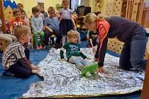 Děti z MŠ Česká se učily, jak pomoci kamarádovi v nouzi.