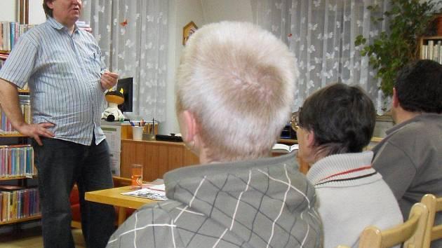 Do netolické knihovny zavítal spisovatel Ondřej Fibich.