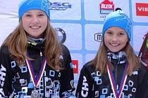 Hanka Randáková s Agátou Tušlovou získaly stříbro v biatlonové štafetě, Hanka přidala další v závodě s hromadným startem.