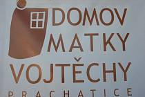 Stavba Domova matky Vojtěchy finišuje.