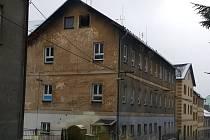 Dům číslo popisné 150 v Pasovské ulici je na demolici adeptem číslo jedna.