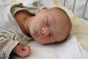 Se sestřičkou Emou (5) bude vyrůstat Daniel Štěpka. Narodil se 13. října v 9.53 hodin a vážil 2,7 kg. Rodiče Lenka a Tomáš žijí v Českých Budějovicích.
