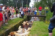 První ukázka plavení dřeva na Jeleních Vrších