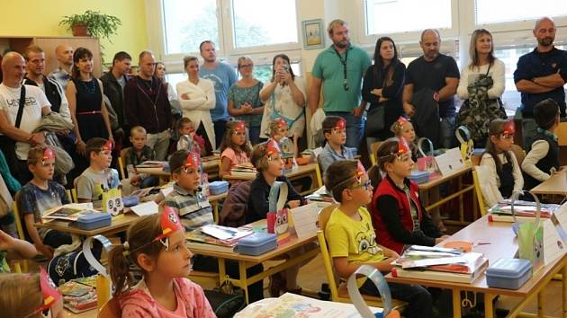 První školní den v ZŠ Zlatá stezka 240 Prachatice.