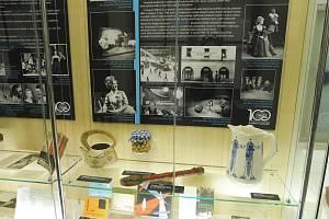 K jubilejní sté sezoně přichystalo Jihočeské divadlo také interaktivní výstavu Kabinet zázraků, kterou najdete v Jihočeském muzeu.