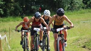 Short track ženy - cyklistická část.