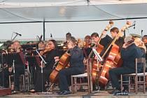 Jihočeská filharmonie zahrála suitu Memento Moi od Michaela Kocába.