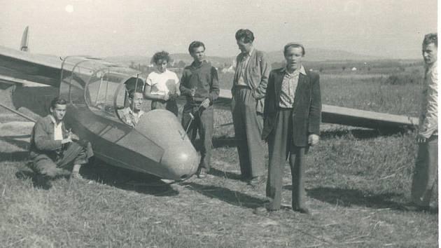 Aeroklub Prachatice na letišti ve Strunkovicích nad Blanicí.