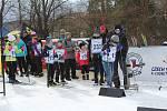 V roce 2020 se lyžovalo na zledovatělé trati, přesto si závod Lyžuj lesy děti užívaly.