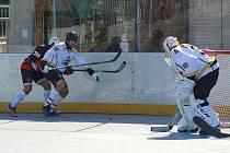 První liga hokejbalu: HBC Prachatice - Snack Dobřany 5:1.