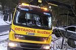 Pomoc pro šoférům v nouzi zajišťuje Šumavská asistenční a odtahová služba z Nového Dvora u Zdíkova. Ještě před pár týdny jejich služby využívali Češi na obou stranách hranice. Ilustrační foto.
