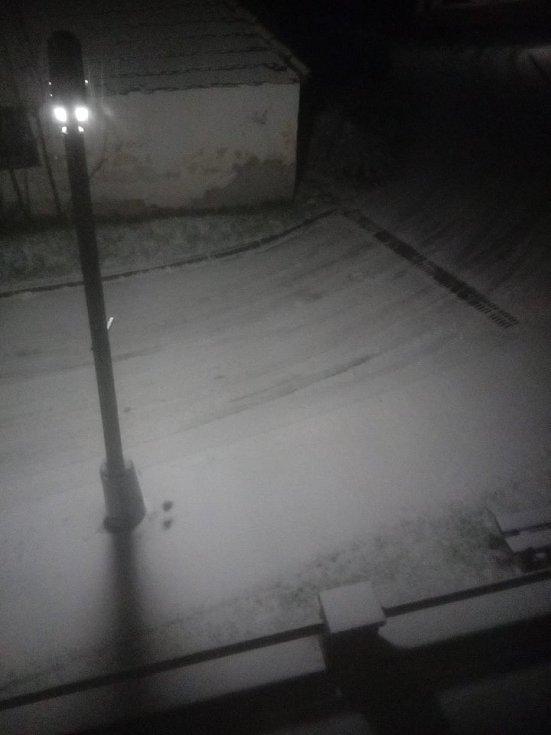 První sníh. Lhenice.