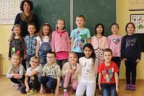 Prvňáčci z I. B třídy ze Základní školy ve Volarech.