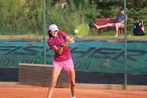 Kamila Neradová začala tenisový rok slibně.