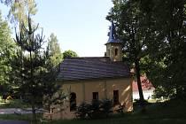 Nově opravená kaple v Krejčovicích u Volar.