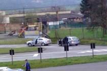 Sobota 9. 4. 2016: Neznámí pachatelé vykradli benzinu ve Lhenicích.