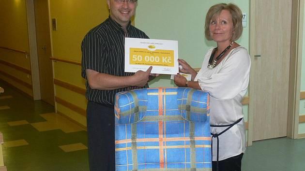Za dar pořídí hospic tři polohovací křesla pro nepohyblivé pacienty.