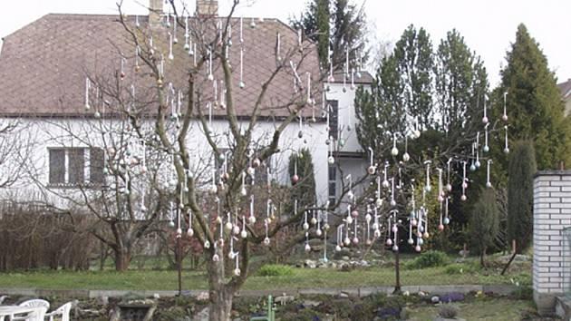 Vyzdobená zahrada ve Strunkovicích