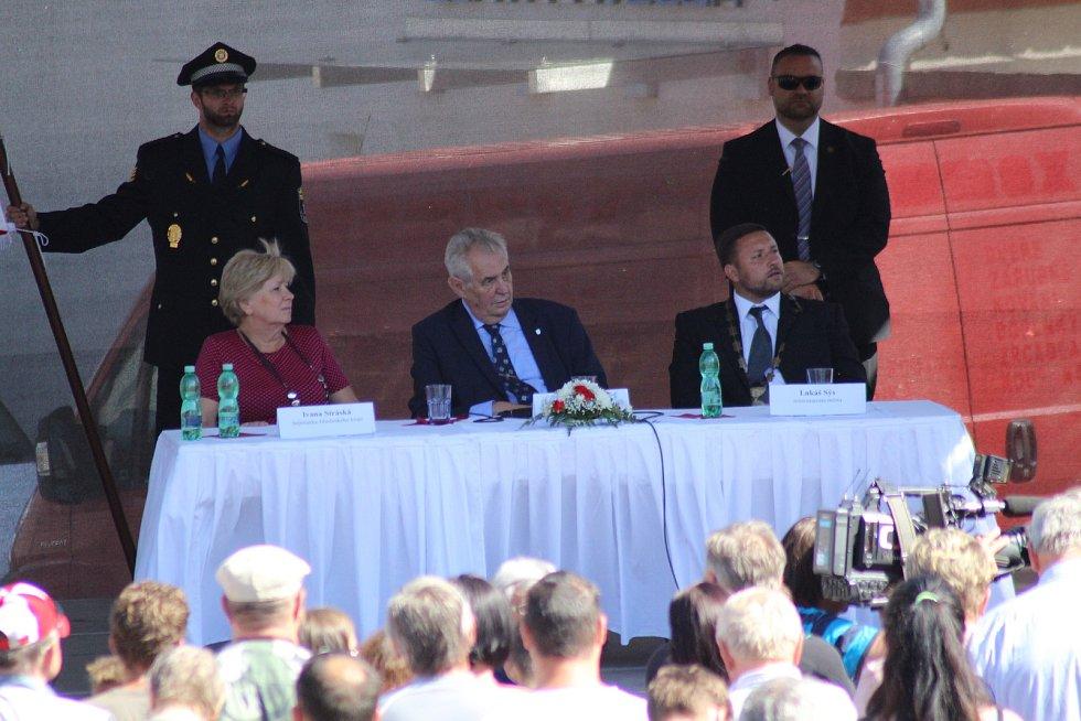 Prezident Miloš Zeman se v úterý odpoledne setkal s obyvateli Vimperka