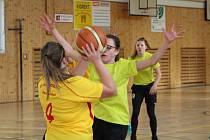 Vimperk hostil finále školních týmů v basketbale.