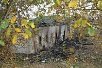 Ubytovna, kam se měli stěhovat romové, shořela.